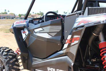 DRAGONFIRE - Door Panel + Mounting Kit Black Polaris